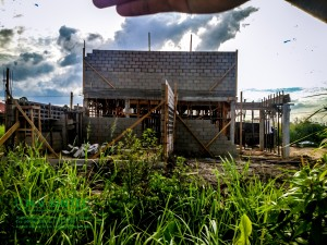 Zijaanzicht aanbouw woning